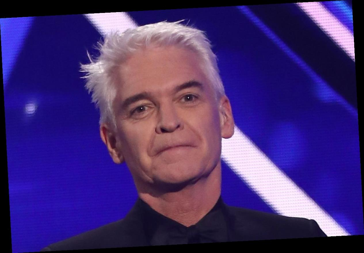 Phillip Schofield thanks Dancing On Ice cast and crew for support after coming out in emotional speech at wrap party – The Sun