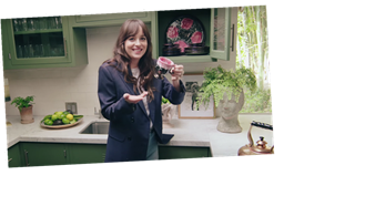 Dakota Johnson's House Tour Is the Only Thing Keep Me Calm Right Now