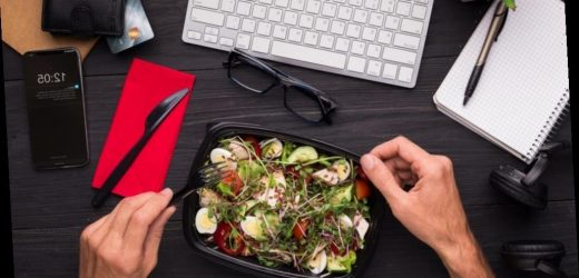 This is what you need to eat to be super productive at work, according to a nutritionist