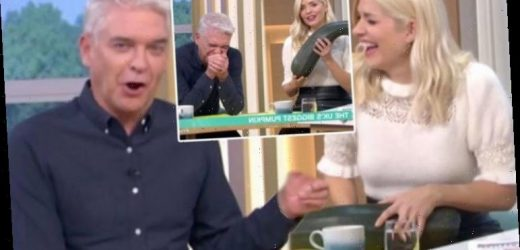 Phillip Schofield leaves Holly Willoughby in hysterics with x-rated warning: 'Be careful!'