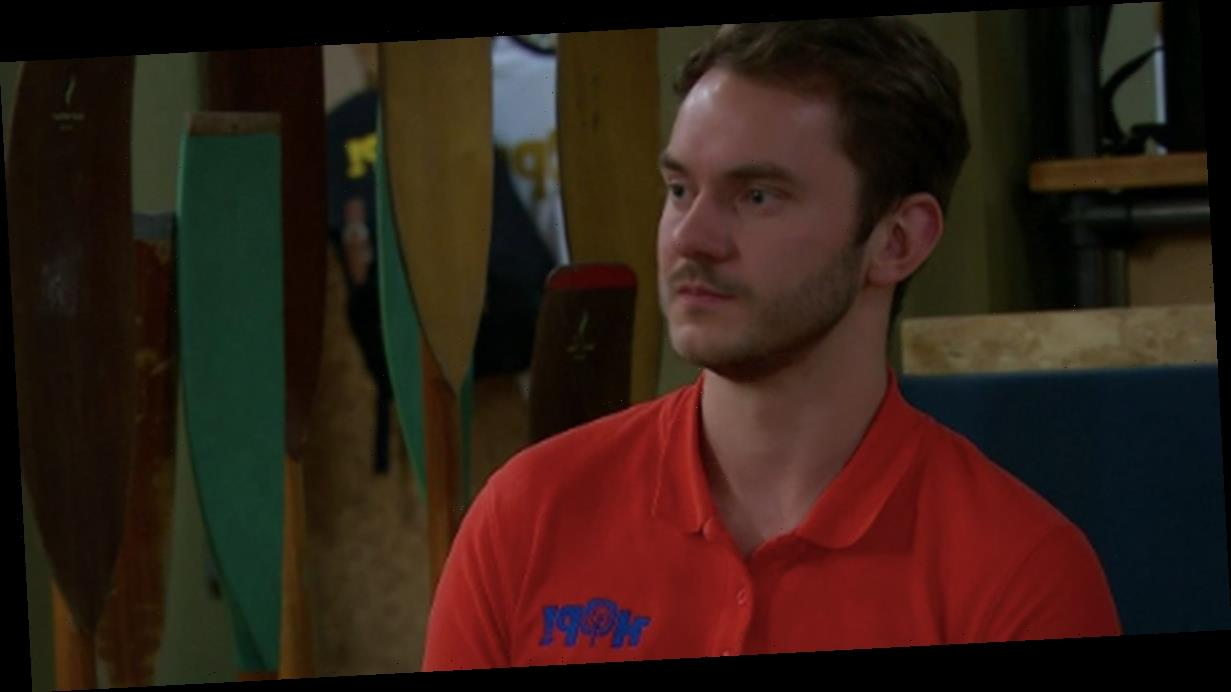 Emmerdale newcomer Ben 'plotting against' Aaron as fans predict revenge twist