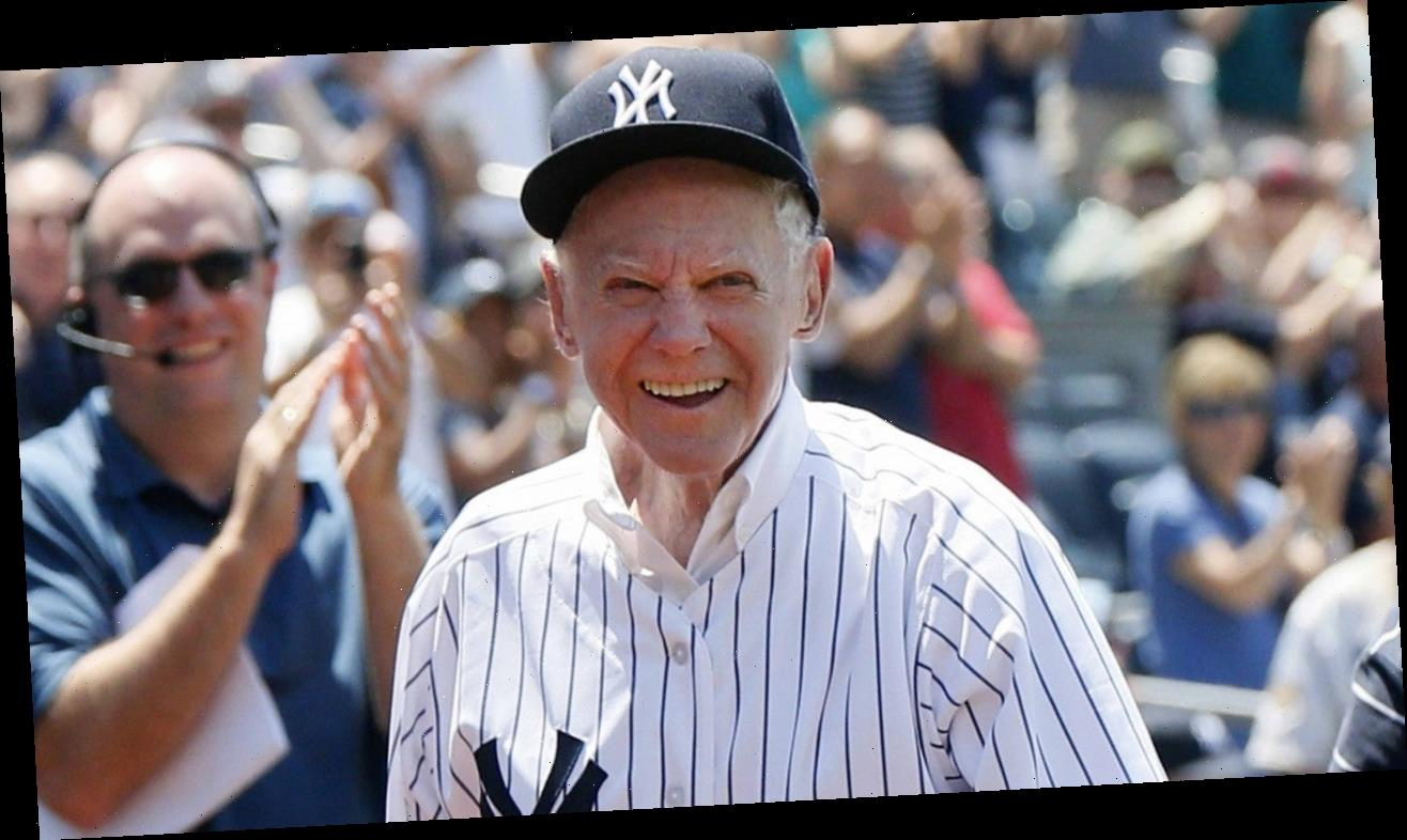 Whitey Ford, Yankees Legend and Hall of Fame Pitcher, Dies at 91