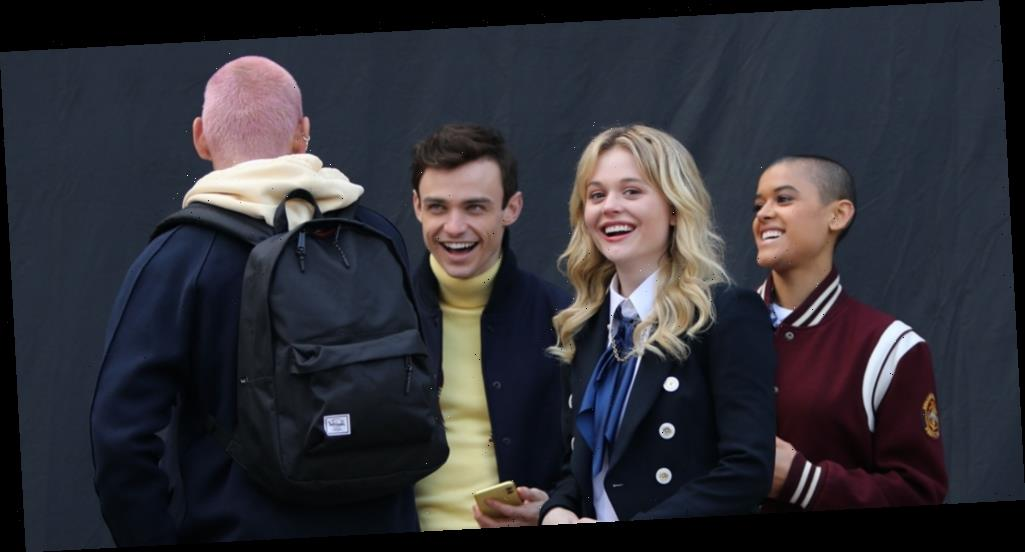 Thomas Doherty Rocks Letterman Jacket On 'Gossip Girl' Set Before Thanksgiving Break