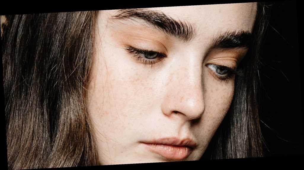 This $10 Oil Is 'Like Rogaine for Your Brows,' According to One Expert