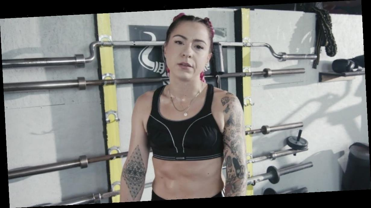 X Factor's Lucy Spraggan flashes abs in music video after dramatic weight loss