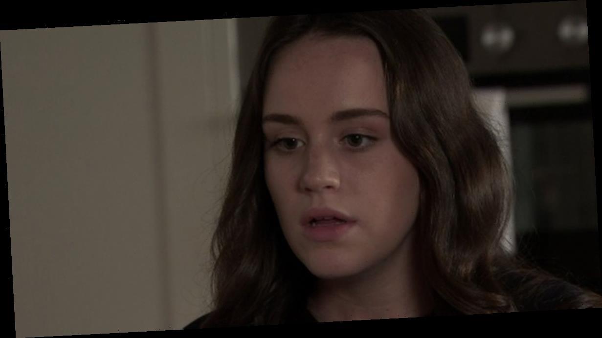 Corrie spoilers predict Faye pregnancy news, Peter death threat and brutal split