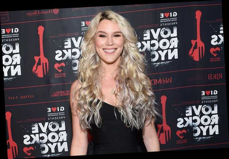 Pregnant Joss Stone Talks Anxiety About Giving Birth to First Child: 'What If I Split in Half?'