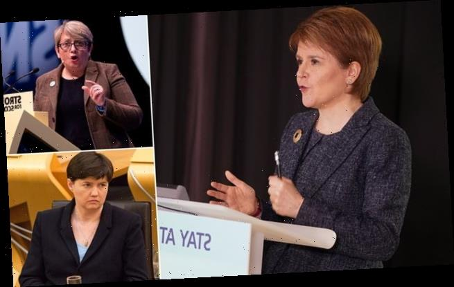 Sturgeon could allow Scottish pupils back to class BEFORE England