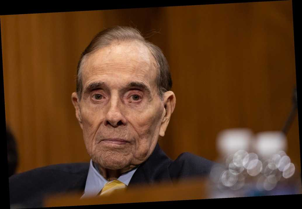 Former Sen. Bob Dole reveals he has stage 4 lung cancer