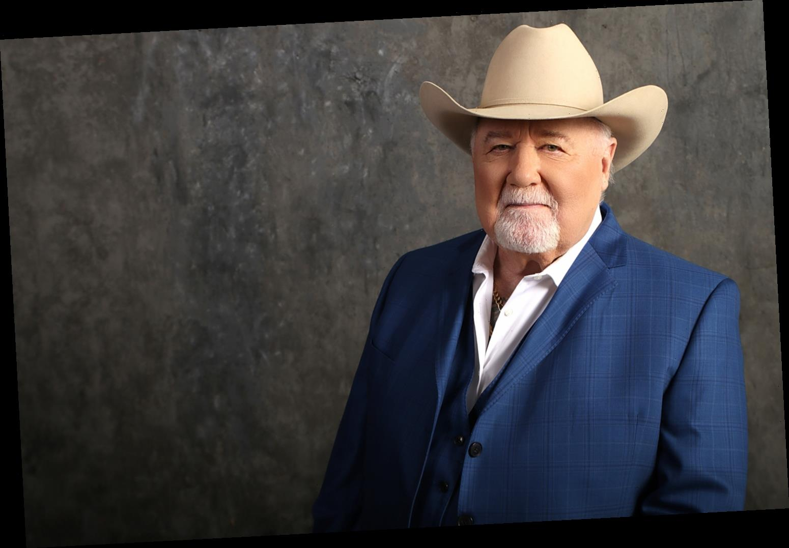 Johnny Lee Says He's 'Going to Sing Until I Die' as He Reflects on Parkinson's Disease Battle