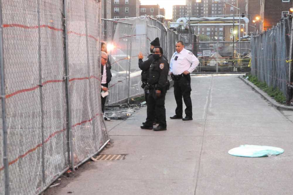 Deliveryman struck by a stray bullet during Brooklyn shooting: sources