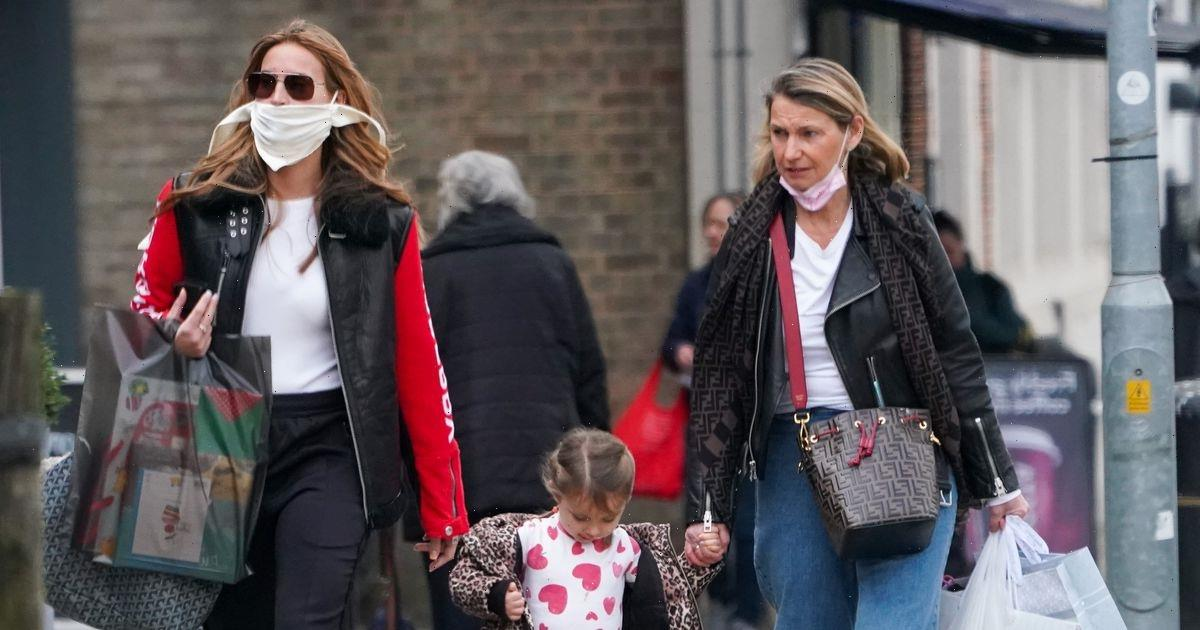 Ferne McCann debuts glam new extensions on shopping spree with adorable daughter Sunday and mum Gilly