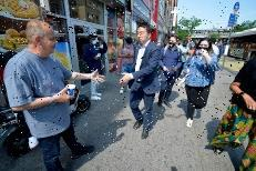 Andrew Yang is stumped by basic questions about NYPD reforms