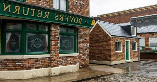 Coronation Street fans can stay in the iconic Rovers Return as it pops up on Airbnb