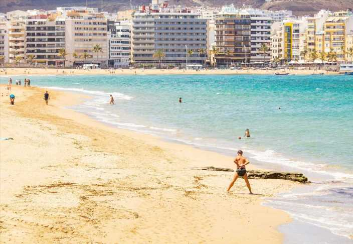 Hope for Spain holidays as country hits 5m vaccinations ahead of target