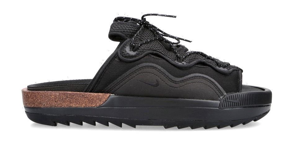"""Nike's Offline 2.0 """"Black"""" Combines Comfort With Technical Details"""