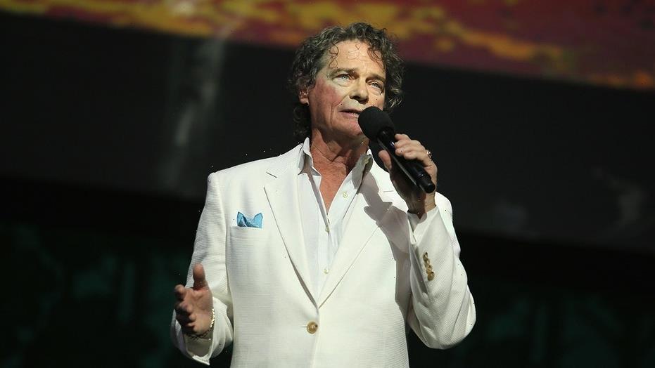 'Hooked on a Feeling' singer B.J. Thomas dies at 78