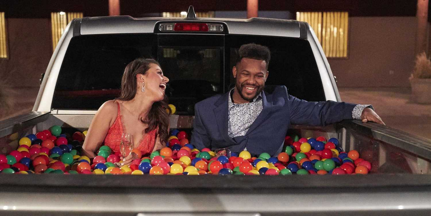 40 Rules You Didn't Know 'Bachelor' And 'Bachelorette' Contestants Have To Follow