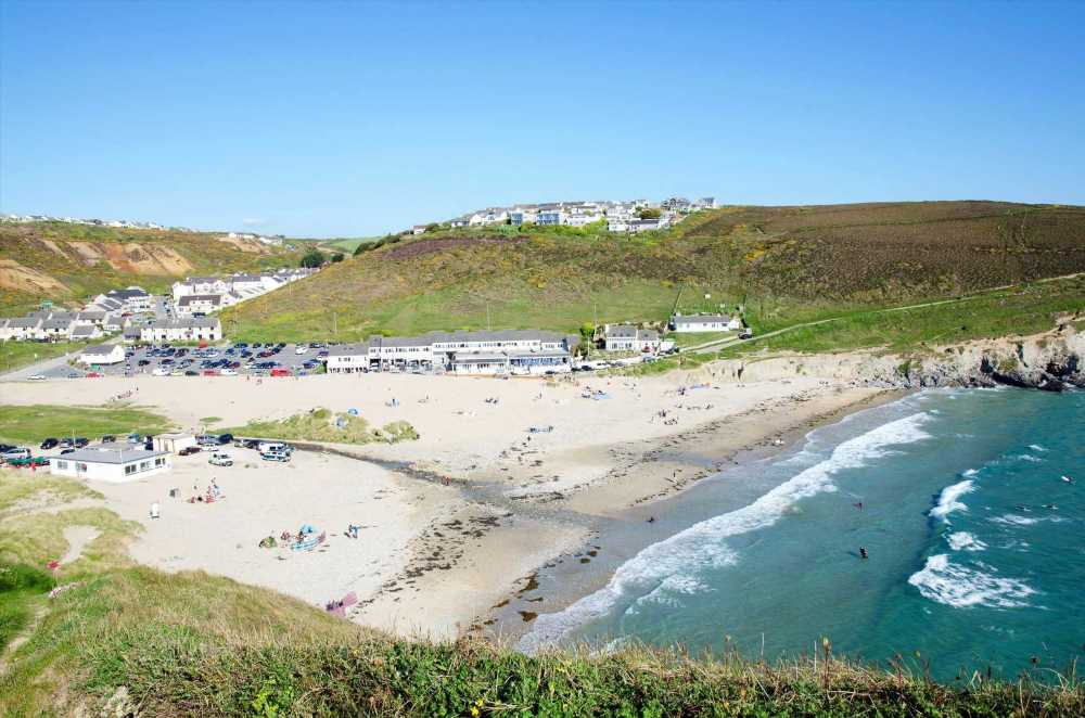 Brits priced out of UK hols as Cornwall breaks are TRIPLE cost of Spain – but we've found the best deals still available