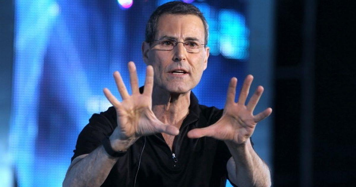 Earth has been in contact with aliens for 50 years, spoon bender Uri Geller says