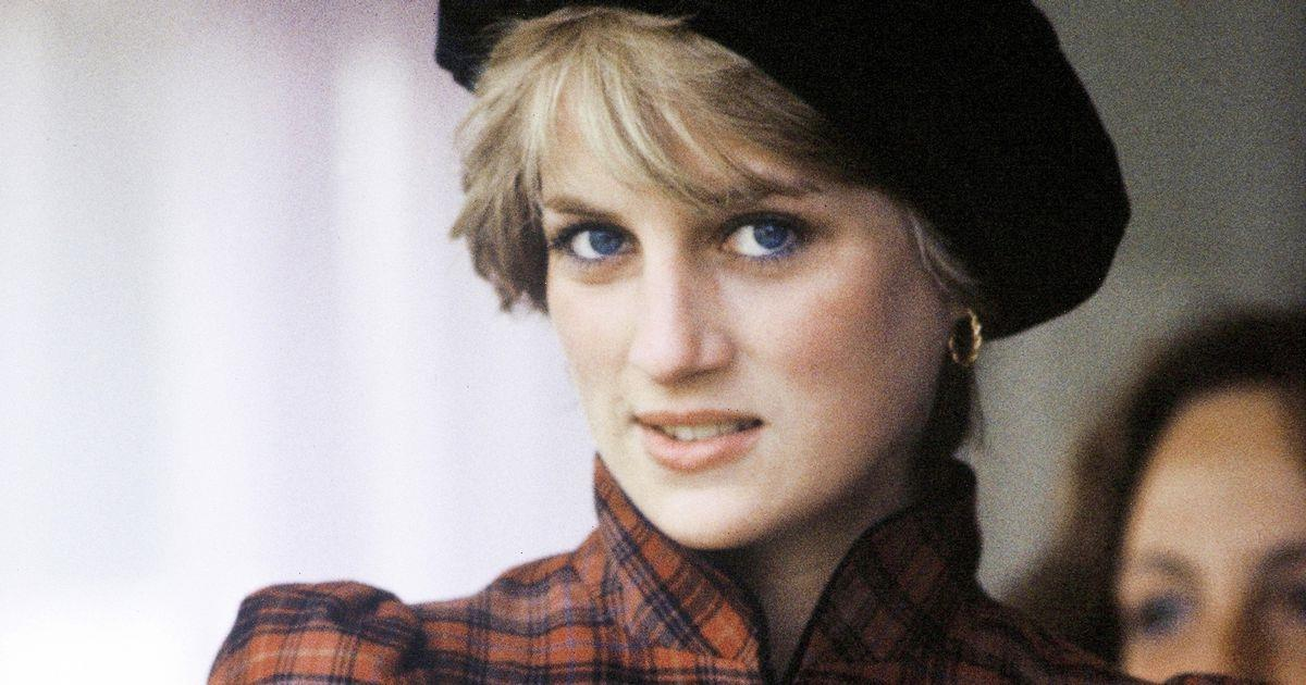 Fire chief recalls moment Princess Diana asked 'what happened' after Paris crash