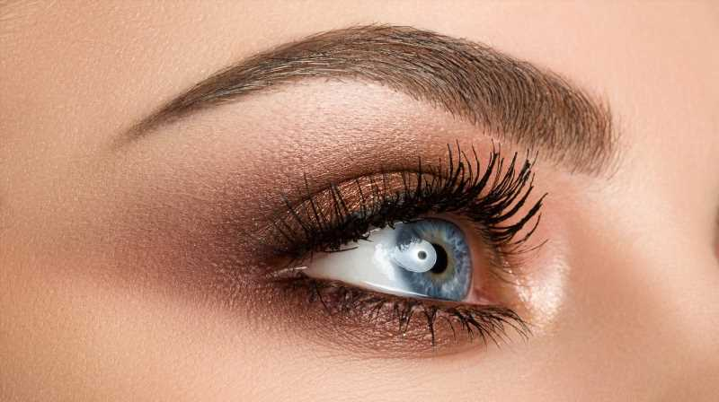 Here Are The Best Colors To Use When Creating A Smokey Eye