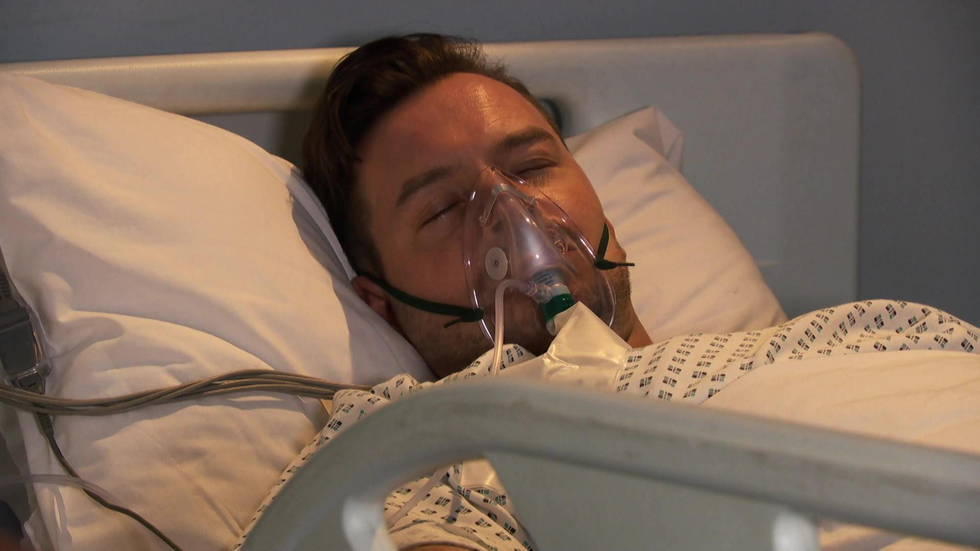 Hollyoaks spoilers: Darren fights for his life in coma and Summer's plot against Brody reaches new low