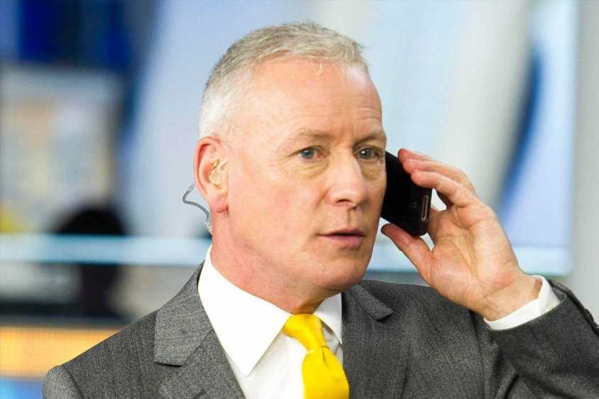 Jim White leaves Sky Sports News after 23 years as devastated fans say 'Transfer Deadline Day is RUINED'