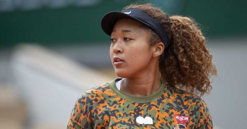 Stars respond to Naomi Osaka's difficult decision to withdraw from the French Open