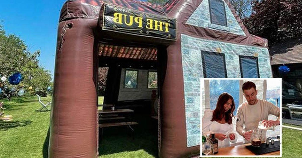 TOWIE stars & footballers love inflatable pub that turns home into beer garden