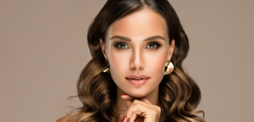 The Best Jewelry For A Rectangular Face Shape