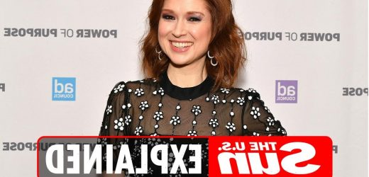 What is the photo of Ellie Kemper as a Veiled Prophet Queen?