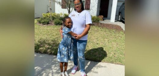 9-year-old helps deliver baby sister with mom's help