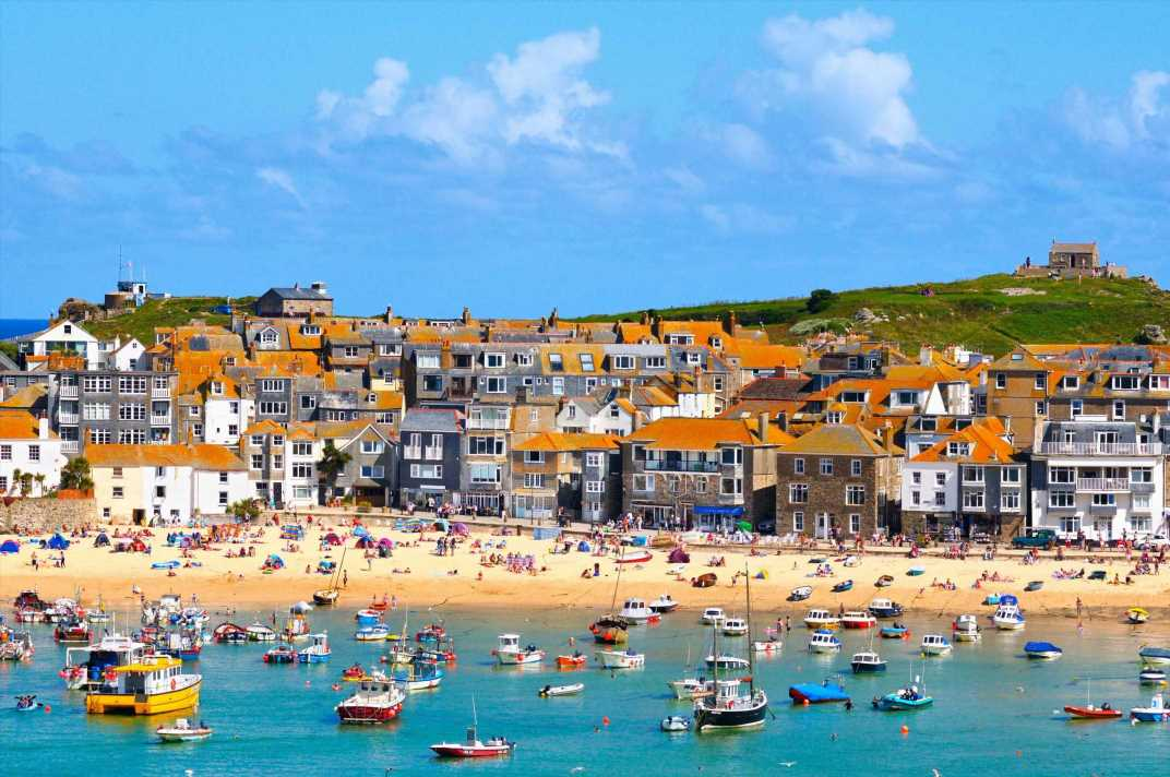 Devastated family have Cornwall holiday 'gazumped' – only to find it being sold for £650 more