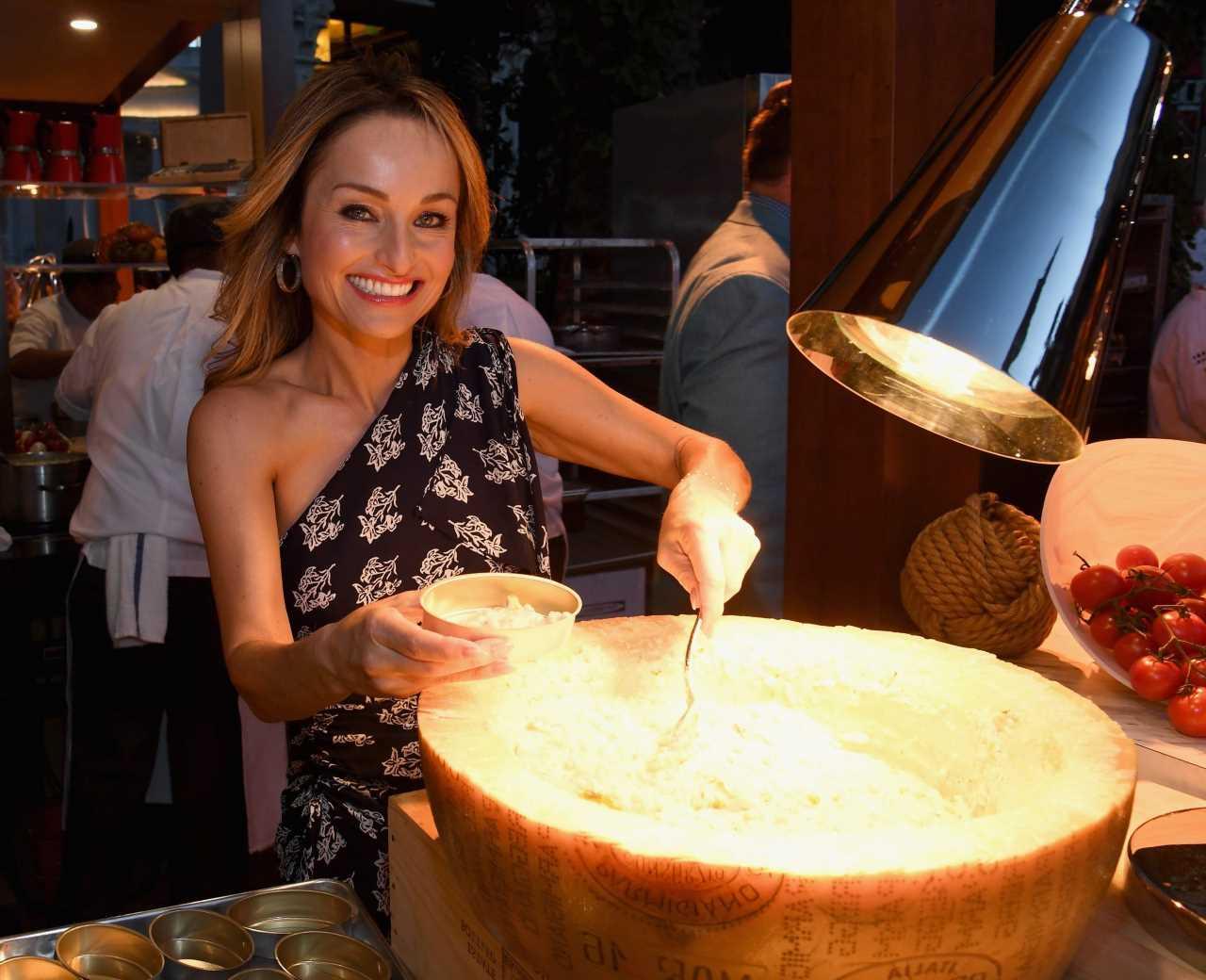 Food Network's Giada De Laurentiis Reveals the Secret to Avoiding Soggy Fried Calamari