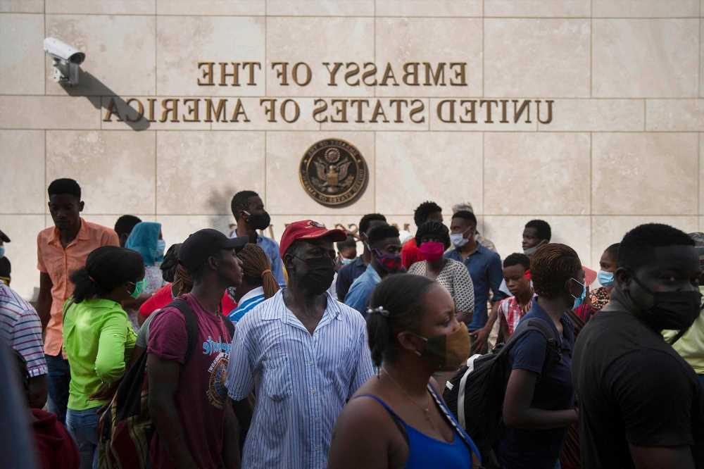 Gang boss decries killing of Haitian president, threatens 'war' on 'exploiters'