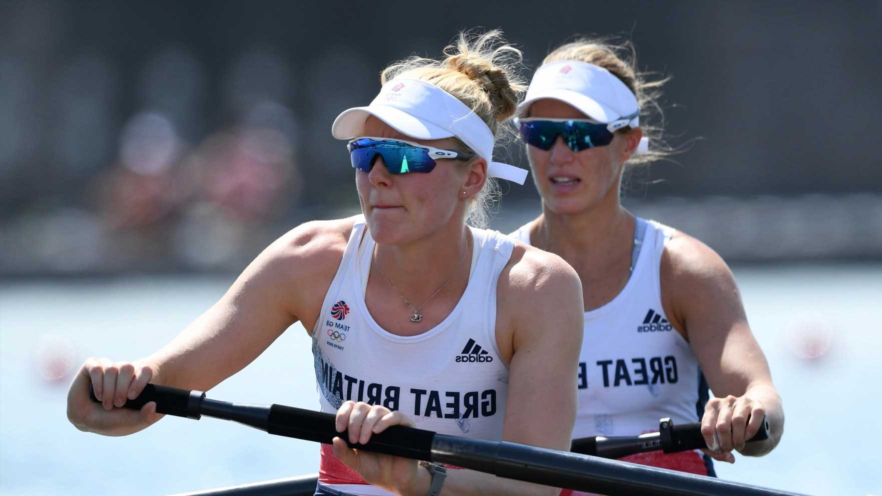 Helen Glover on course for Olympic medal to complete amazing comeback from retirement and 3 kids as she reaches final