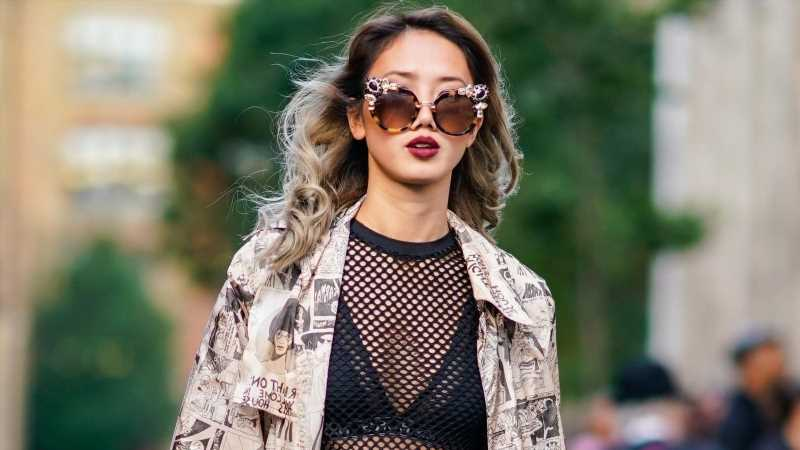 How To Pick The Right Bra For That Mesh Shirt
