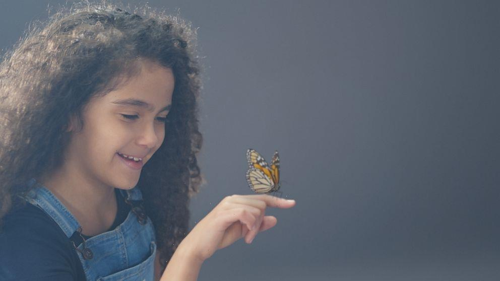 Mariah Carey's daughter, Monroe Cannon, plays younger version of singer in new OshKosh campaign