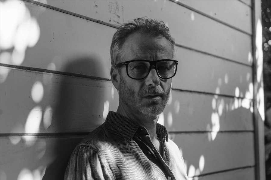 Matt Berninger Drops Rowdy Cover of Velvet Underground's 'I'm Waiting for the Man'