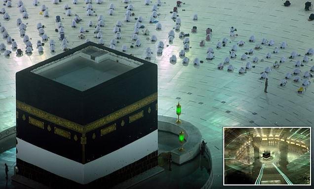 Muslim pilgrims arrive in Mecca for downsized hajj