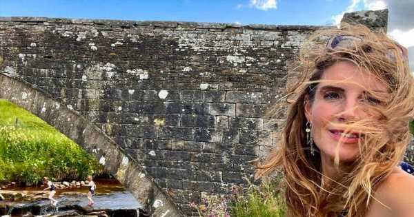 Our Yorkshire Farm's Amanda Owen worries fans as kids swim in 'red water'