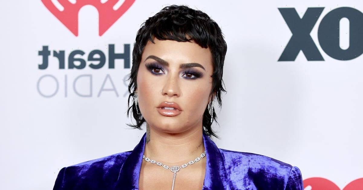 """See Demi Lovato's Stunning Makeup-Free Selfie: """"Just Me In My Purest Form"""""""