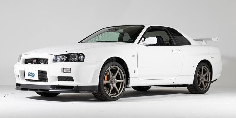 This 2002 Nissan Skyline GT-R V-Spec II Nür Has Just 6 Miles