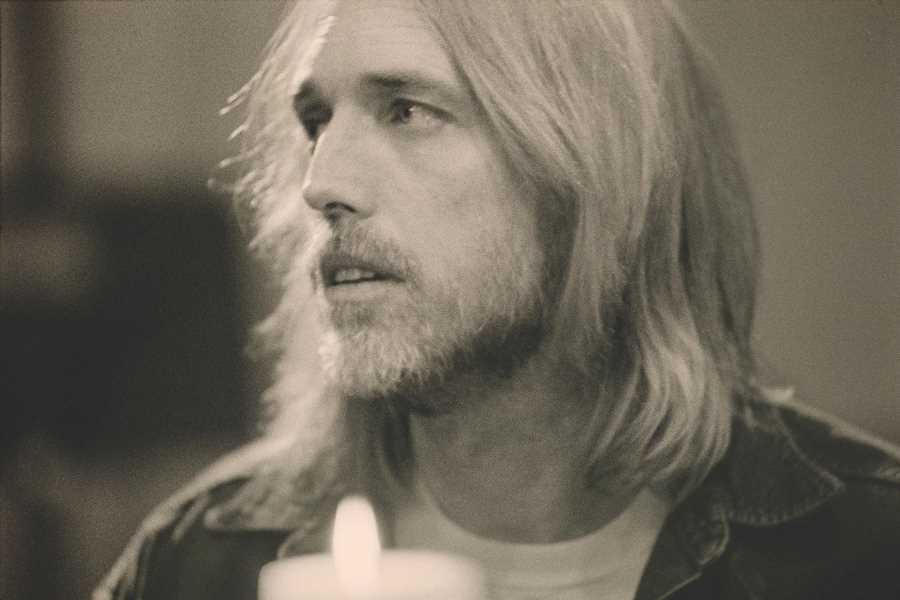 Watch a Lyric Video for Previously Unreleased Tom Petty Song '105 Degrees'