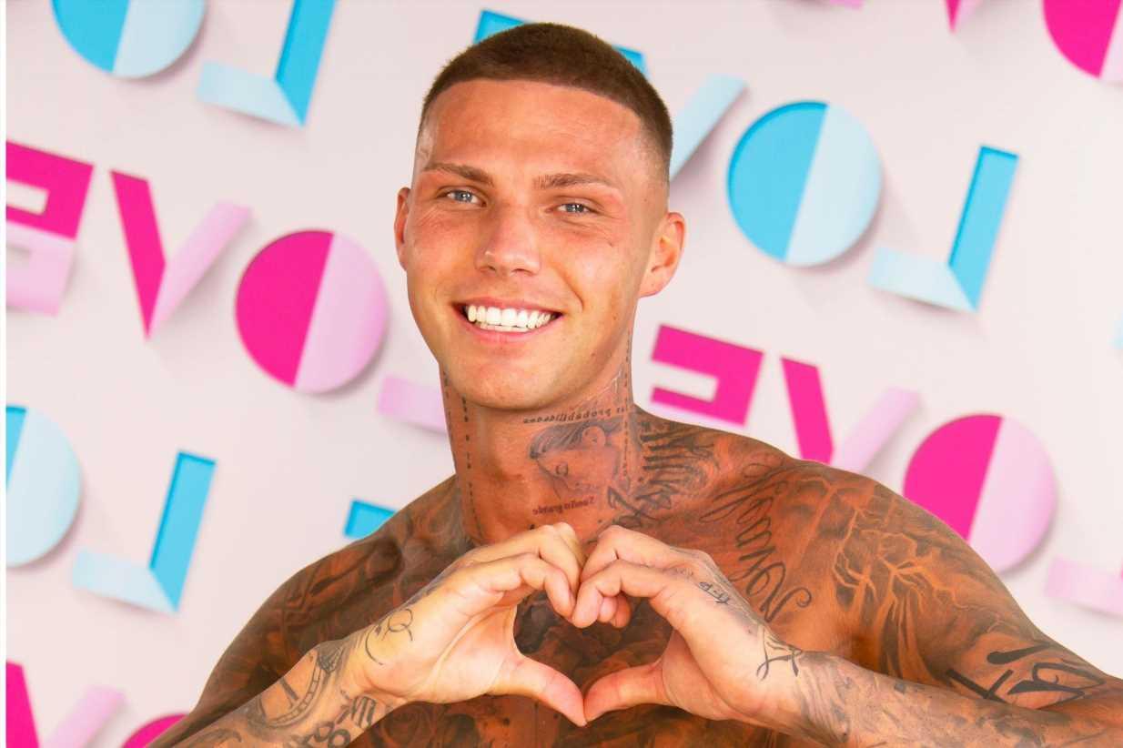 Who is Love Island's Danny Bibby?