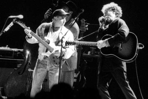 Why Paul Simon Considered It 'a Big Shock to People' When Bob Dylan's Real Name Emerged