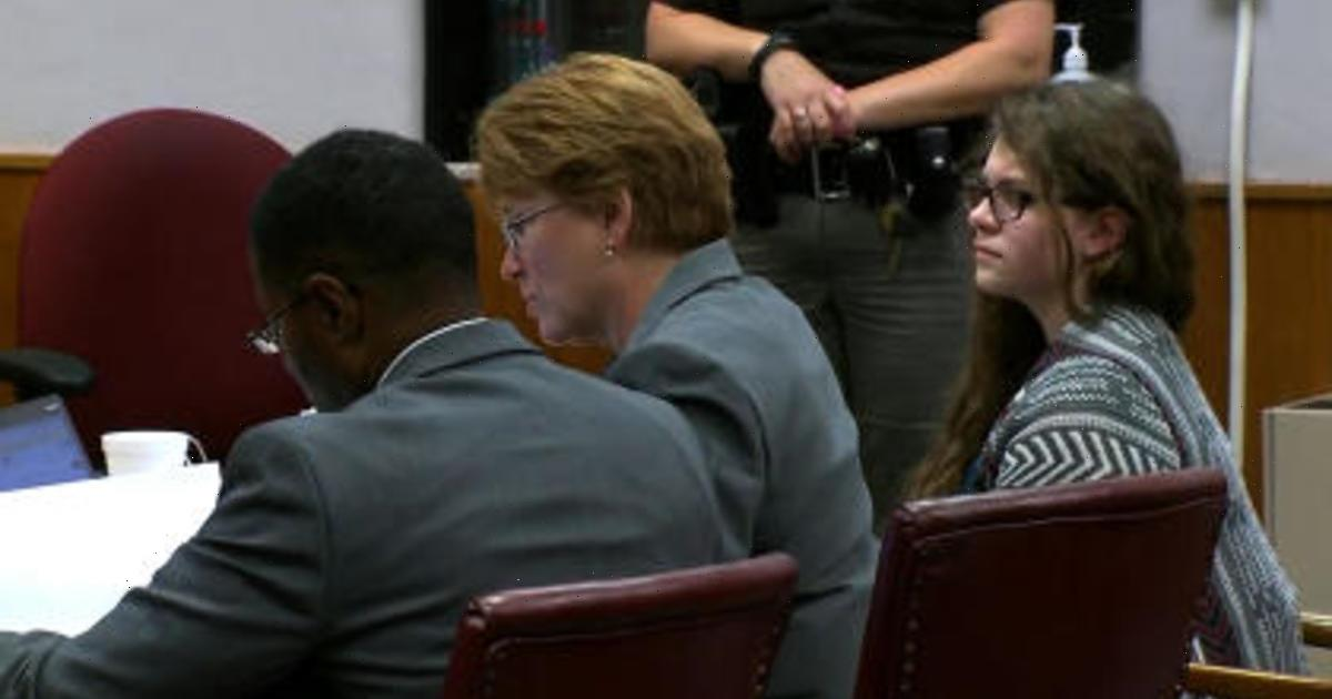 Wisconsin woman gets conditional release in Slender Man stabbing