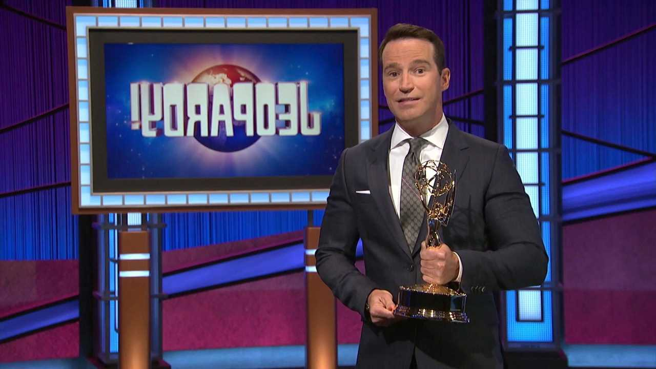 'Jeopardy!'s EP Mike Richards Admitted That 'Shoot Days' With the Guest Hosts Were 'Brutal'