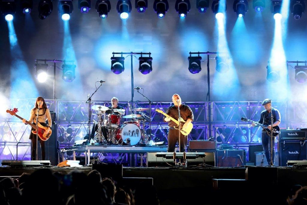 1 of the Pixies' Biggest Hits Was Inspired By Businessmen Who Drove Their Families Into the Ocean